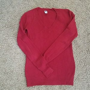 GAP v-neck red cozy sweater